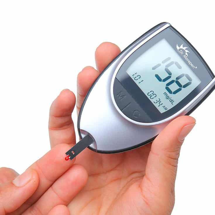 Cómo Usar Un Glucómetro De Forma Correcta: Paso A Paso   La Guía de las Vitaminas