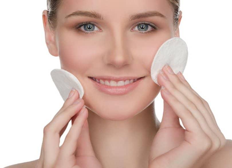 Los 17 Mejores Limpiadores Faciales del 2018   La Guía de las Vitaminas